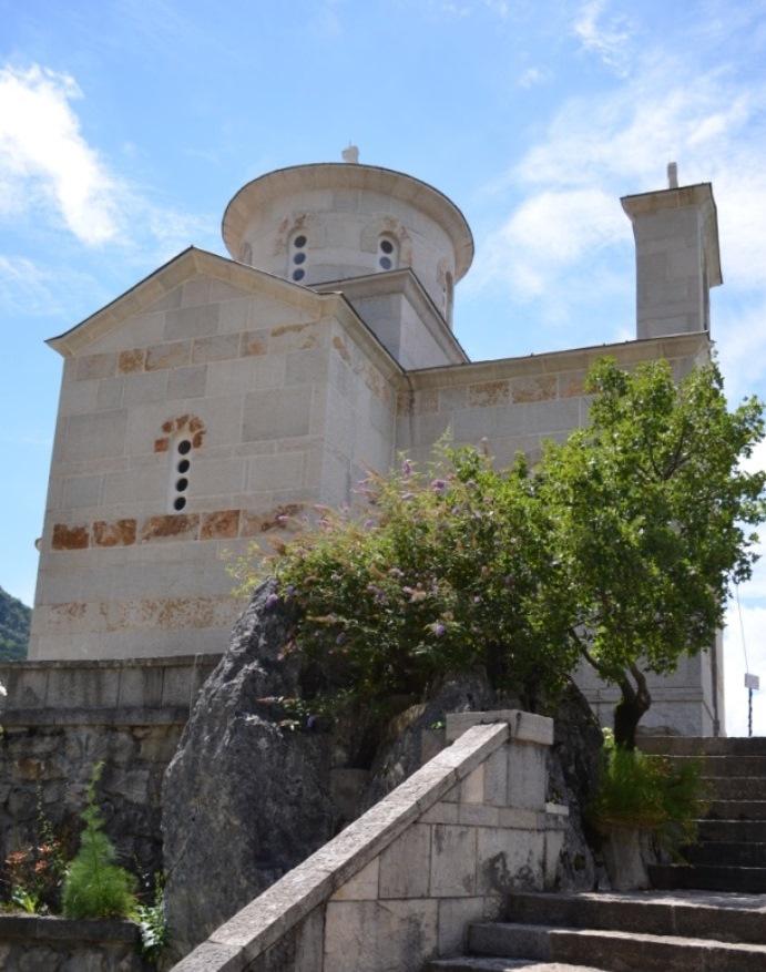 церковь с руками мученика Станко