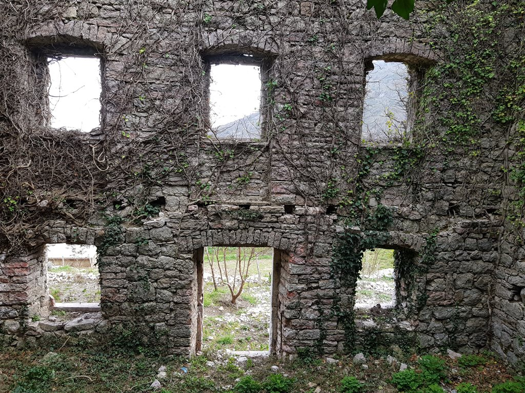 заброшки Черногории