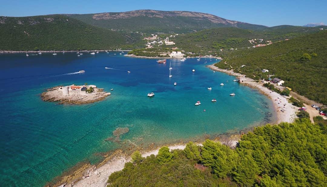 тихи места в Черногории на море