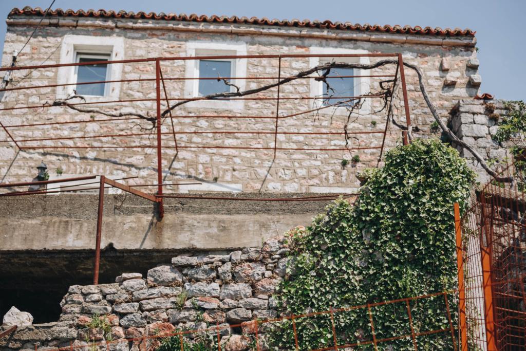 деревня Подбабац в Черногории