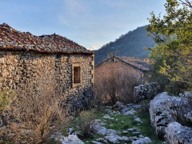 старые деревни Черногории