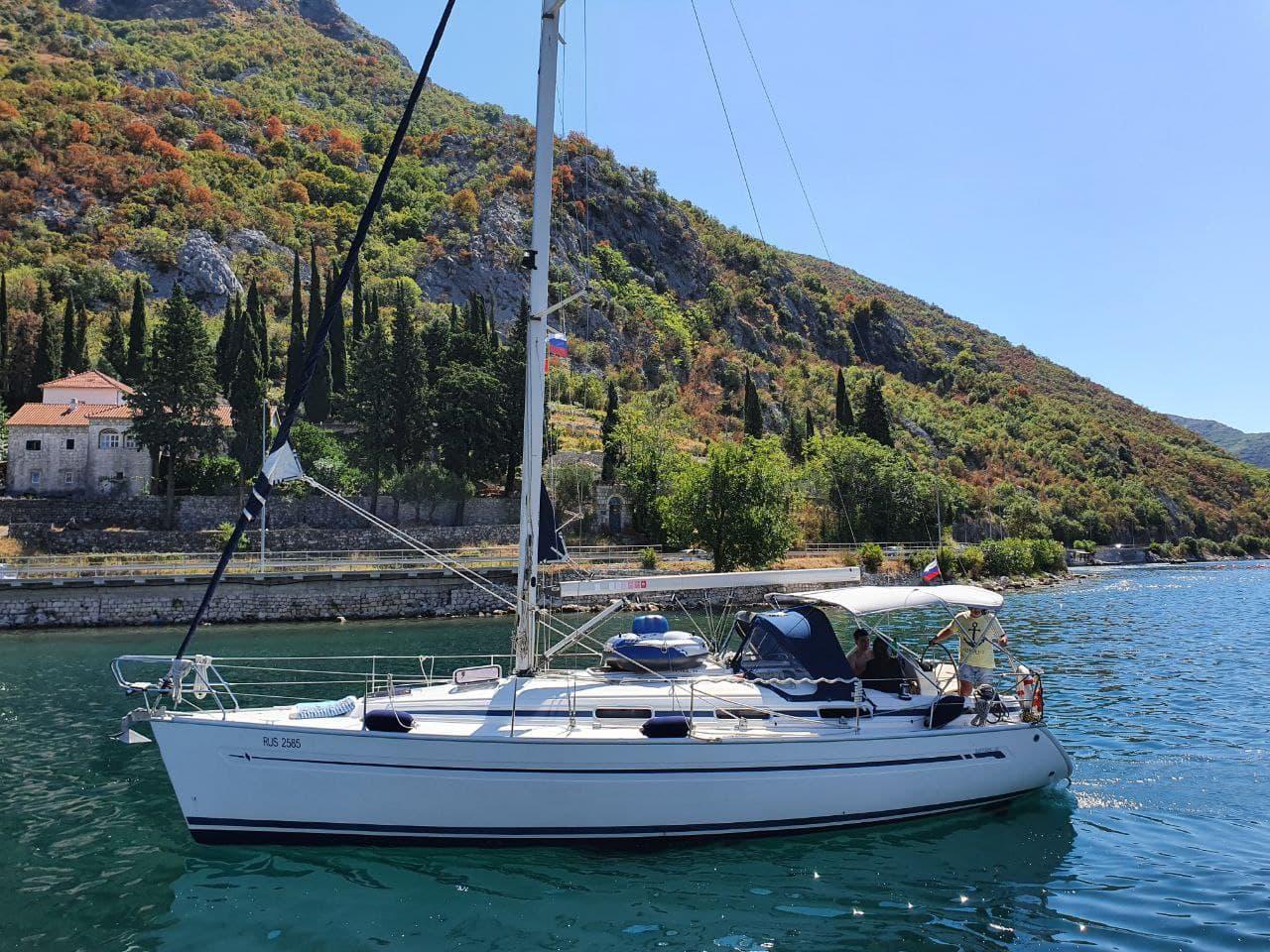 цена на аренду яхты в Тивате