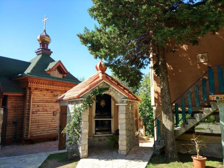 женский монастырь Рустово