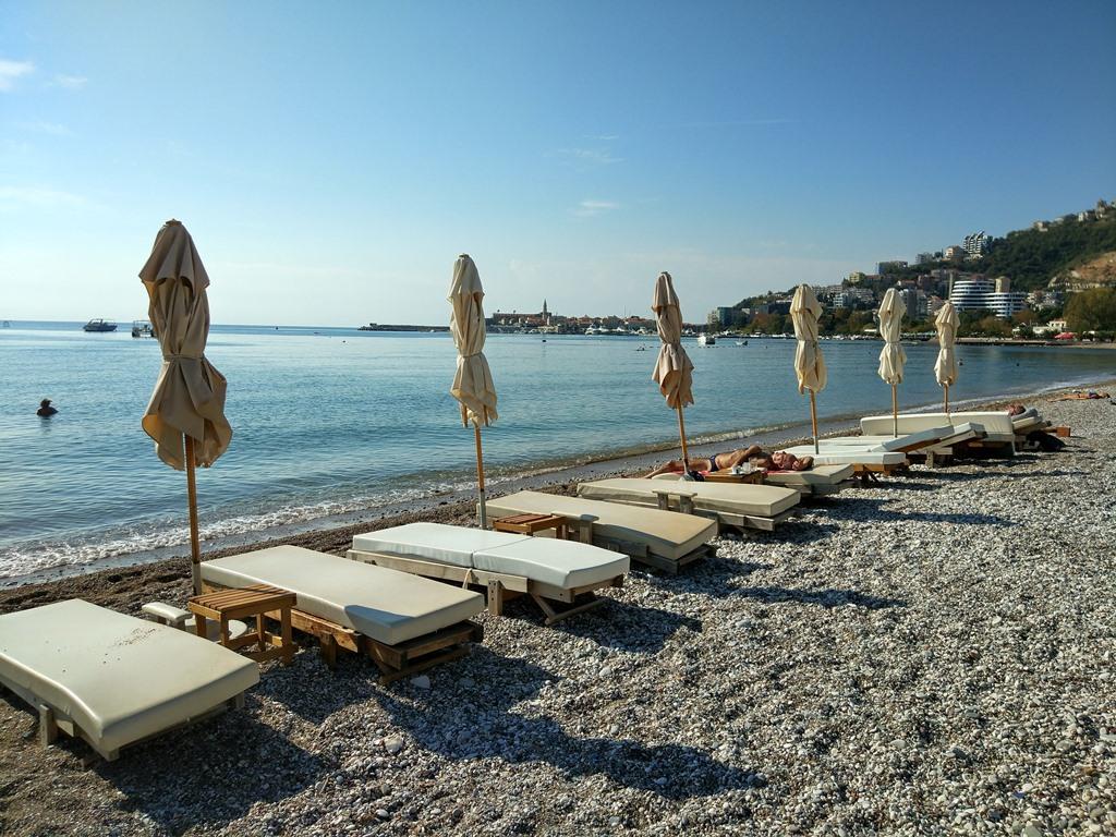 пляжи в Черногории в октябре