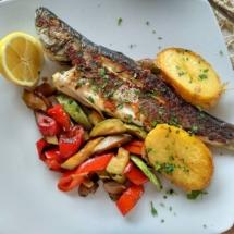 рыба в Черногории