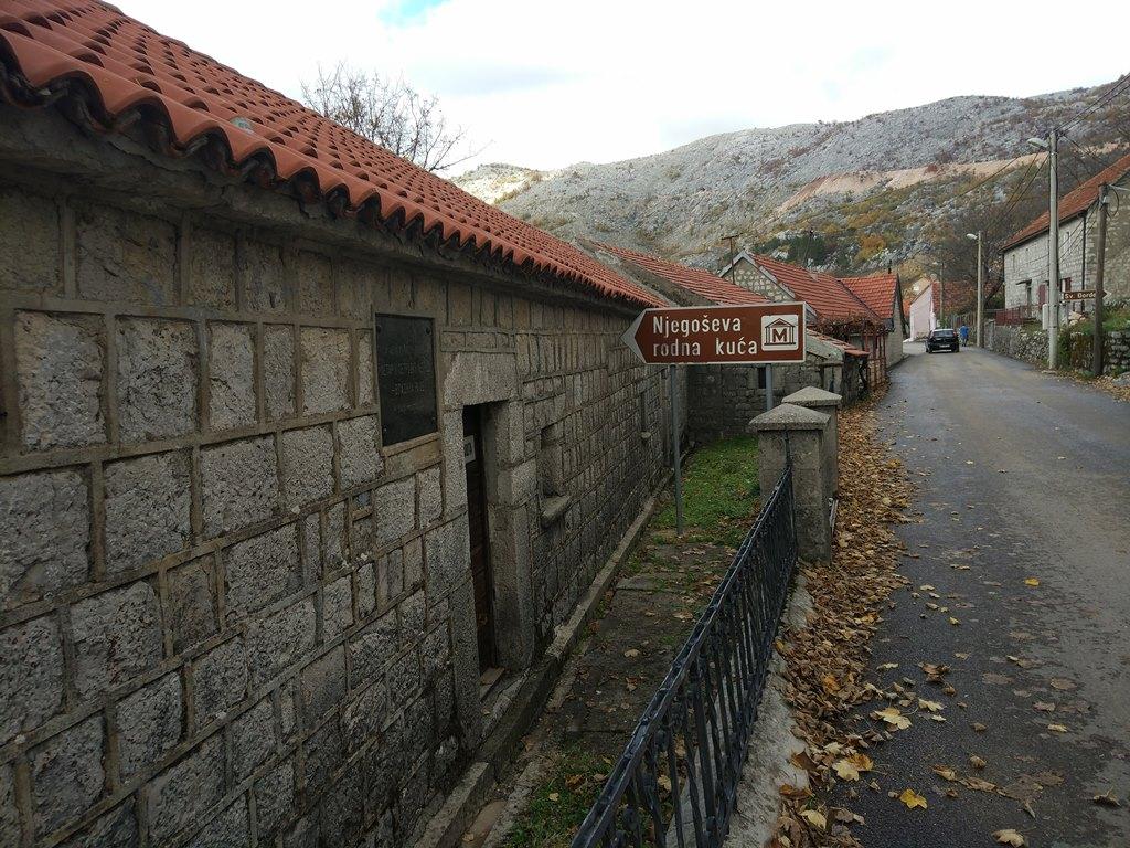 Авиабилеты черногория будва купить