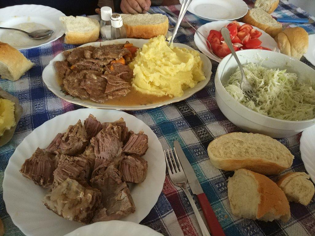 еда в Черногории, национальная кухня