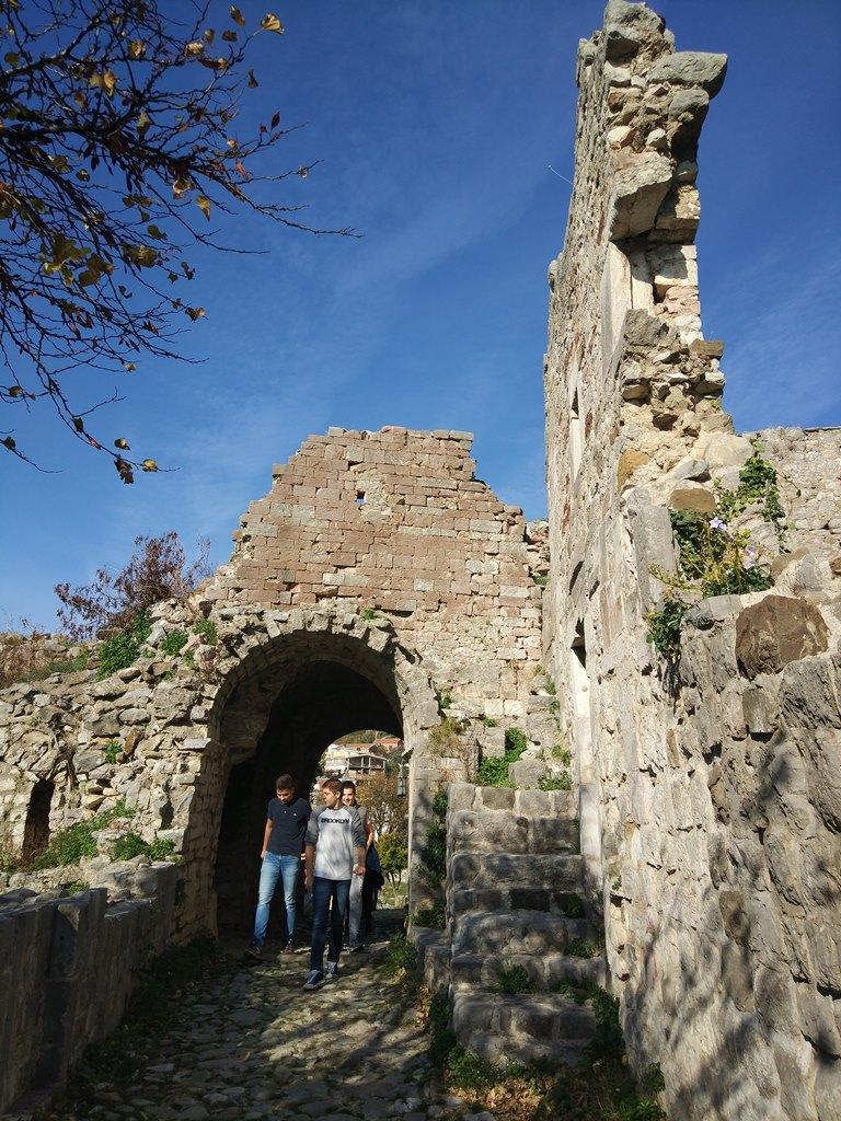 бар фото черногория