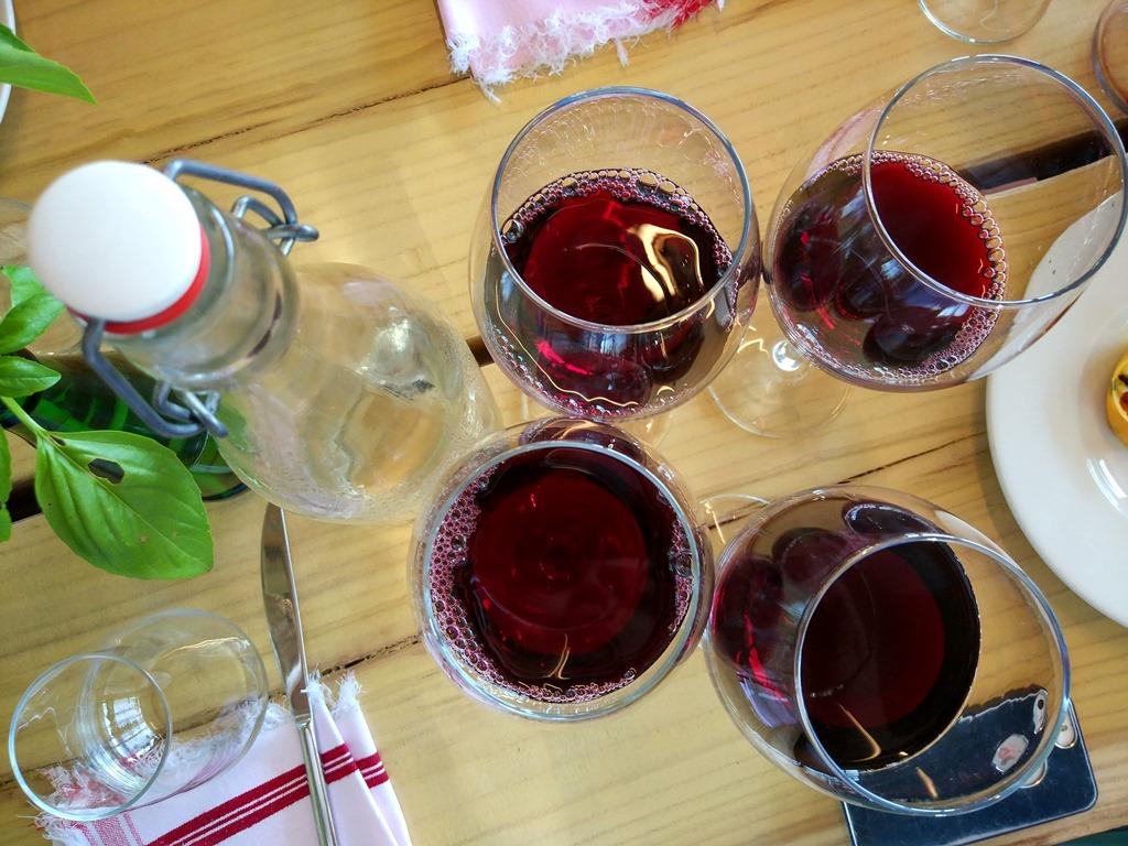 албания ресторан мризи и занаве