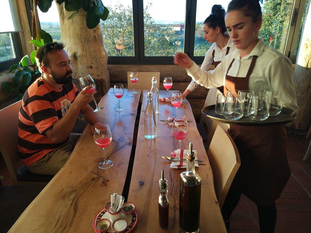 рестораны албании