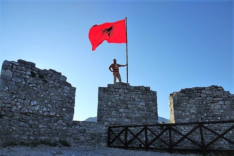 нужна ли виза +в албанию для россиян 2018