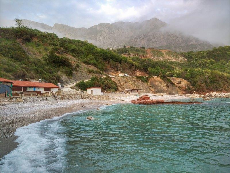 пляж Црвена Главица, Черногория