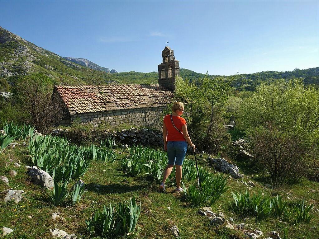 Velji Zalazi, Crna Gora