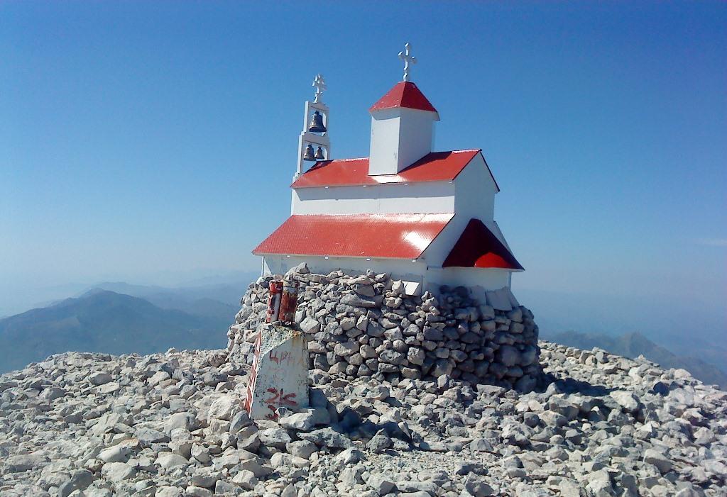Церковь Святой Троицы в Баре на горе Румия