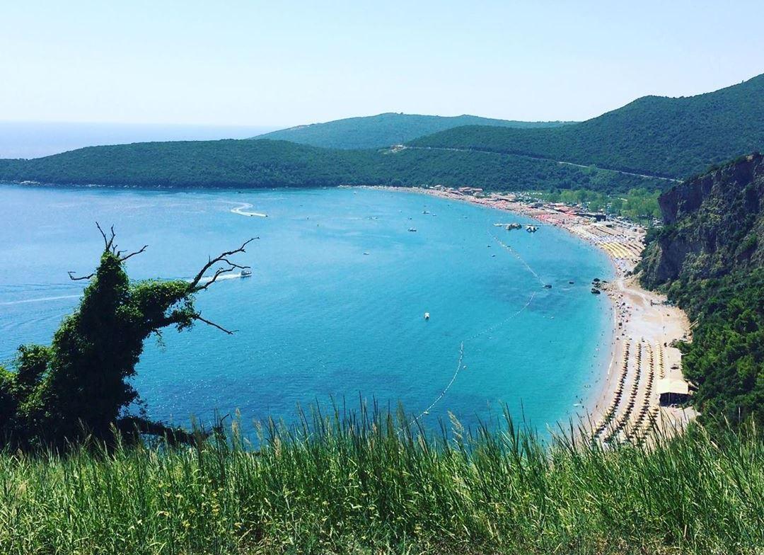 лучшие пляжи Будвы