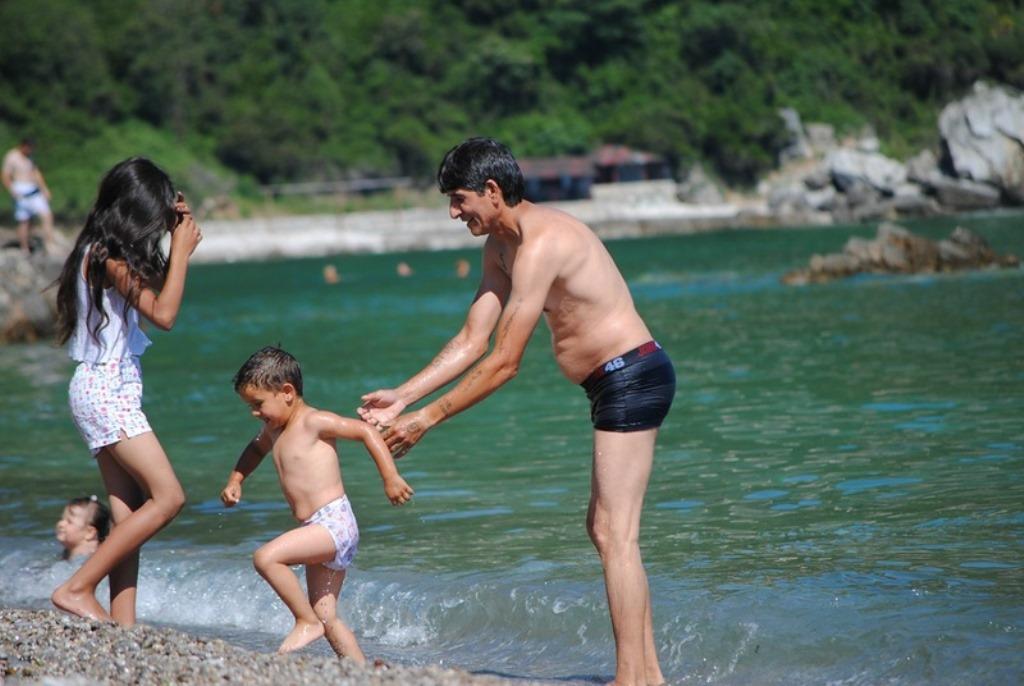 пляж в Будве для детей