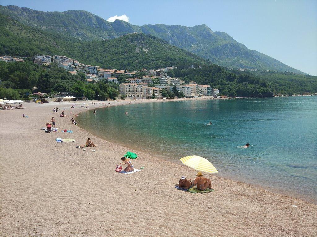 бесплатный пляж у Святого Стефана