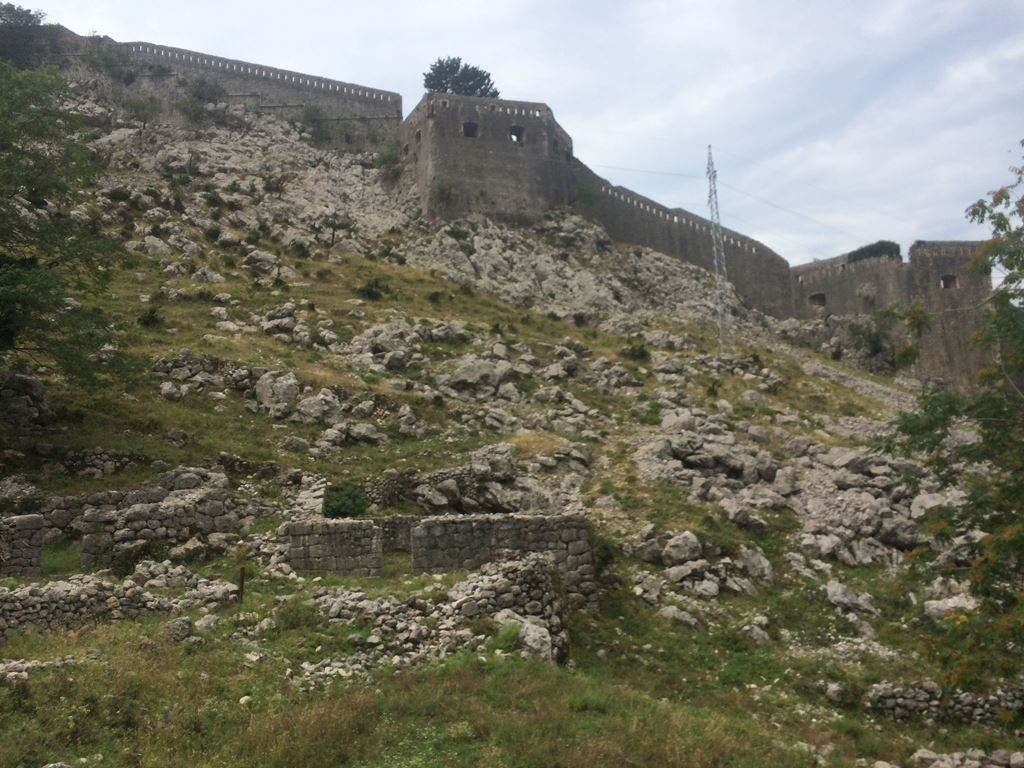 Крепость в Которе