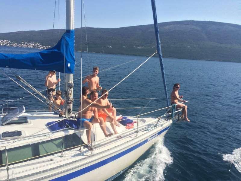 аренда яхты +в черногории +на день