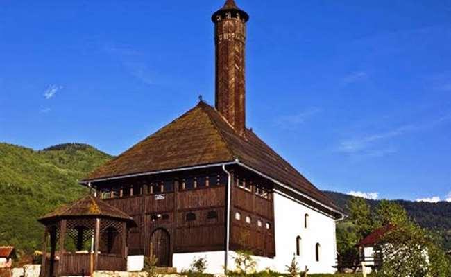 старая мечеть в Плаве