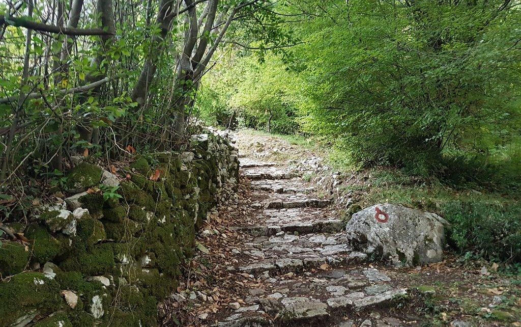 пеший маршрут по Черногории