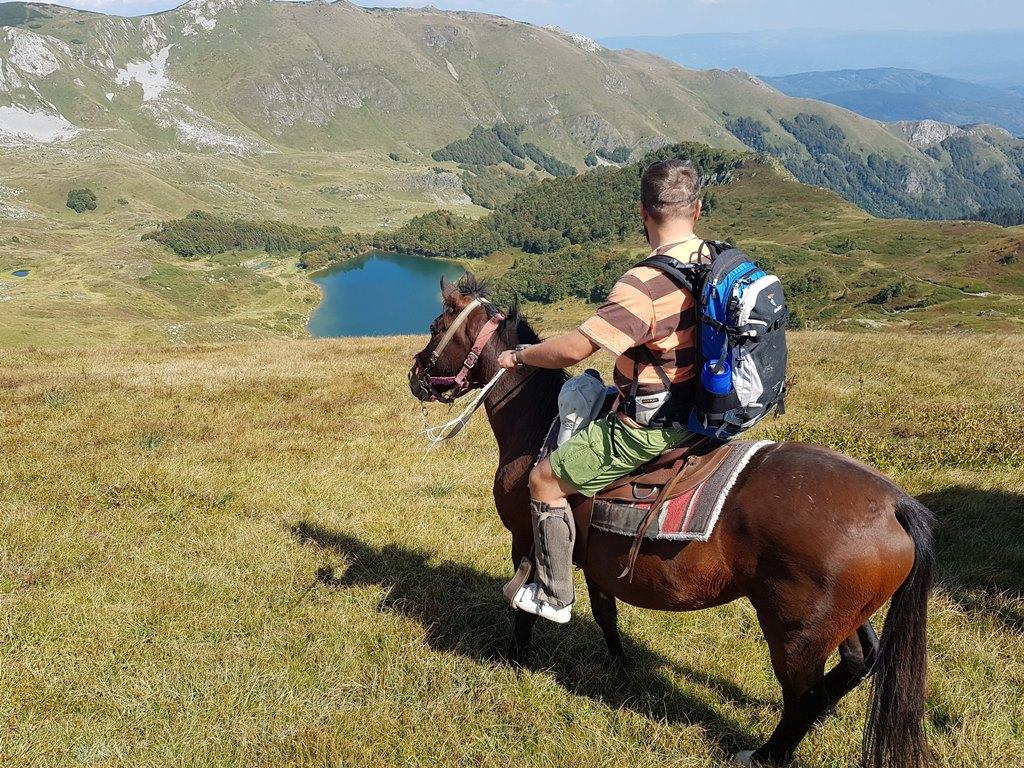 Пешича озеро, нацпарк Биоградская гора