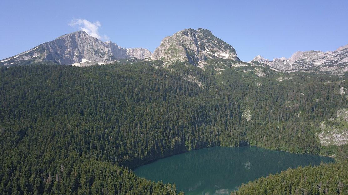 экскурсия Черное озеро
