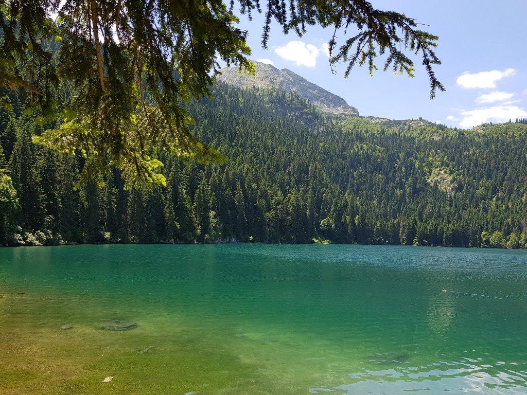 Черное озеро как добраться