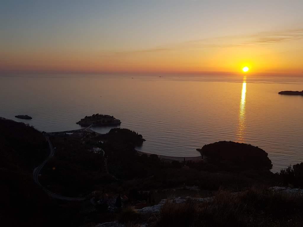 Закат на Святом Стефане