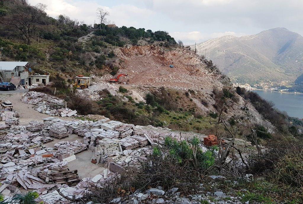 каменоломня в Каменари