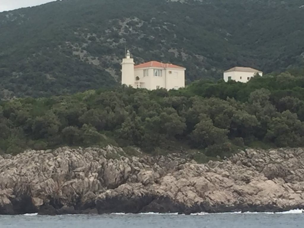 маяк Мендра черногория