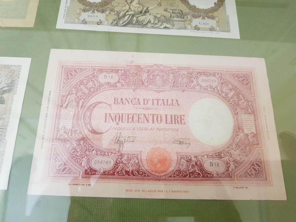 деньги времен итальянской оккупации в Черногории