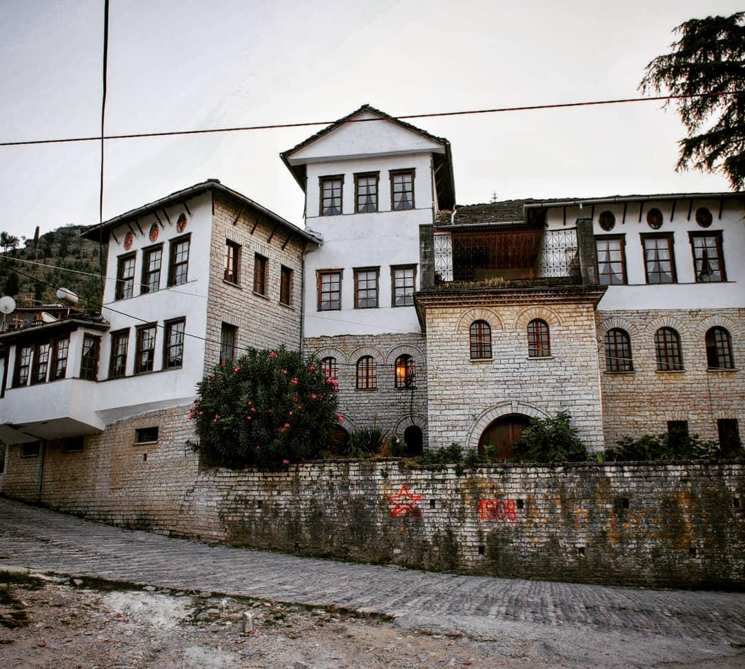 этнорафический музей Гирокастры