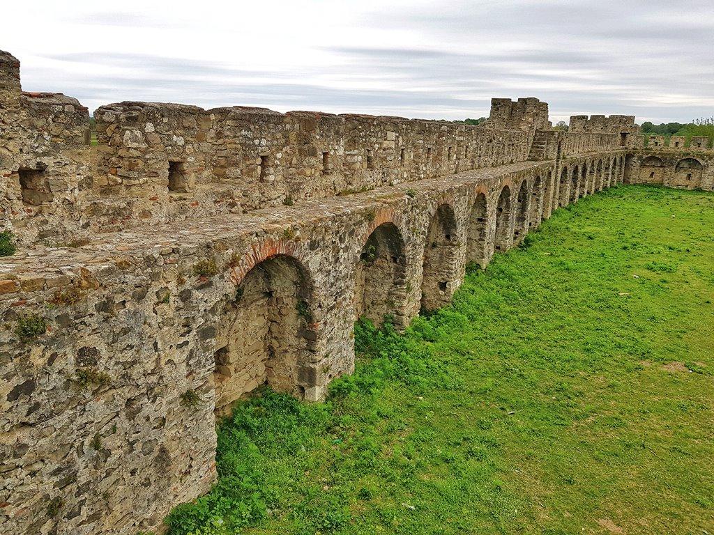 крепости Албании