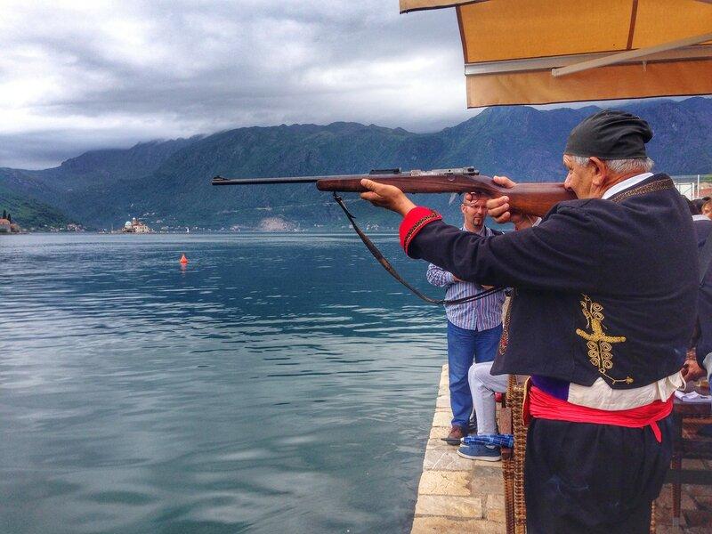 стрельба в петуха, Пераст Черногория