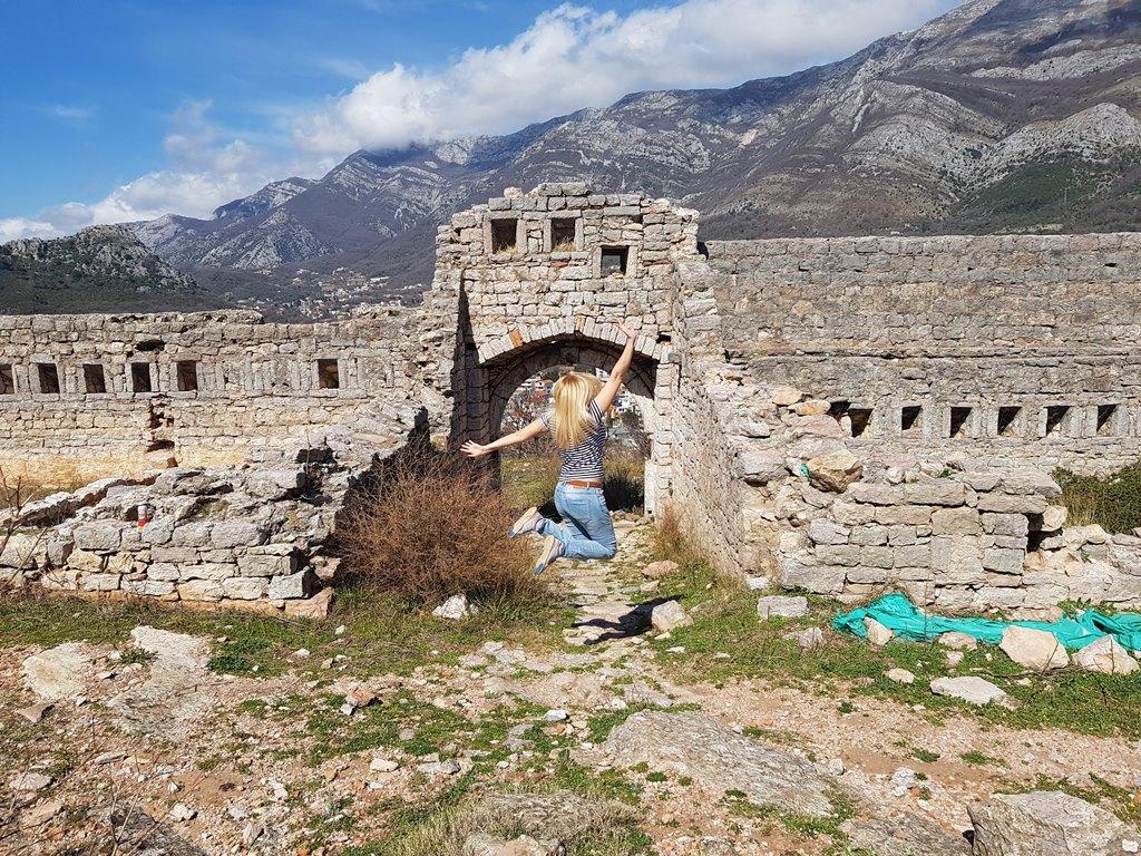 крепость в Черногории