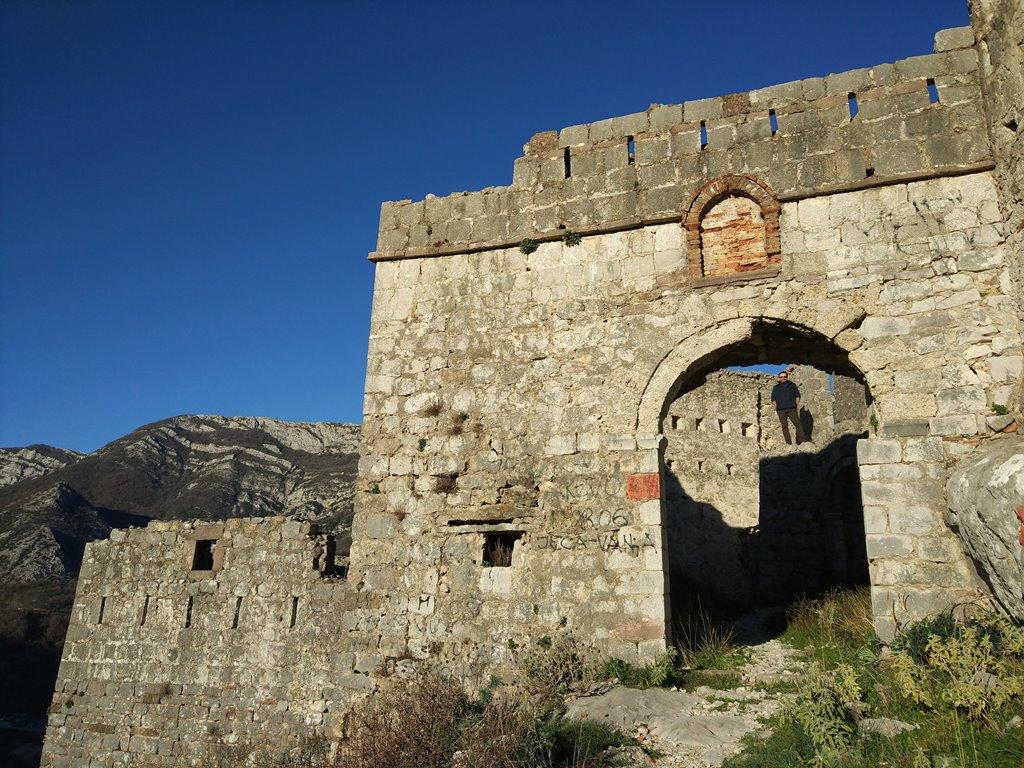 крепость хай нехай черногория