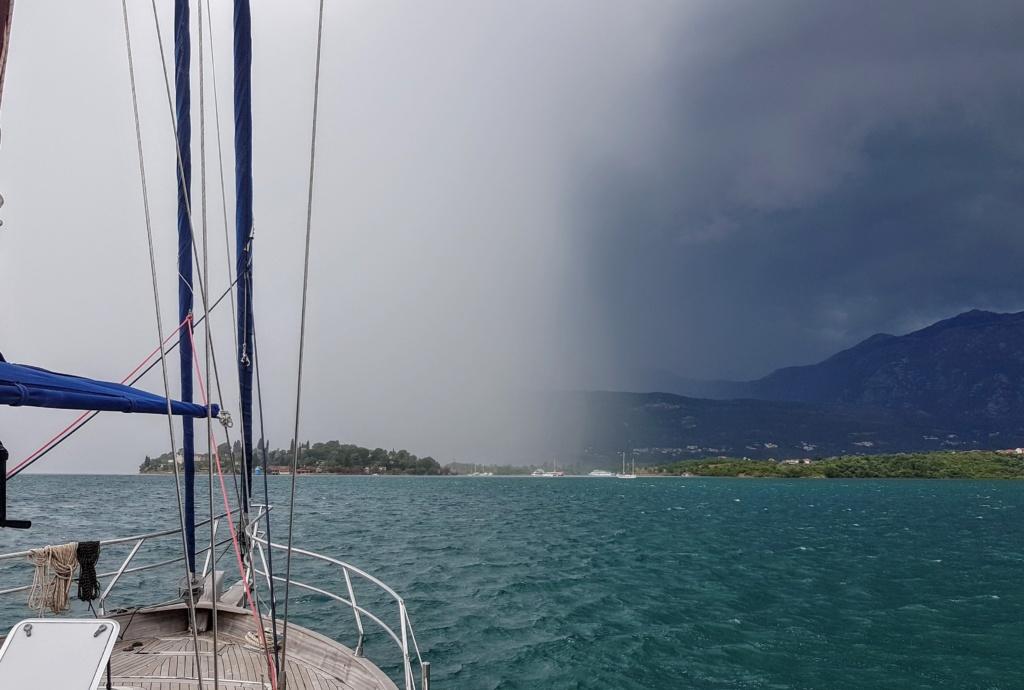 что делать в дожди в Черногории