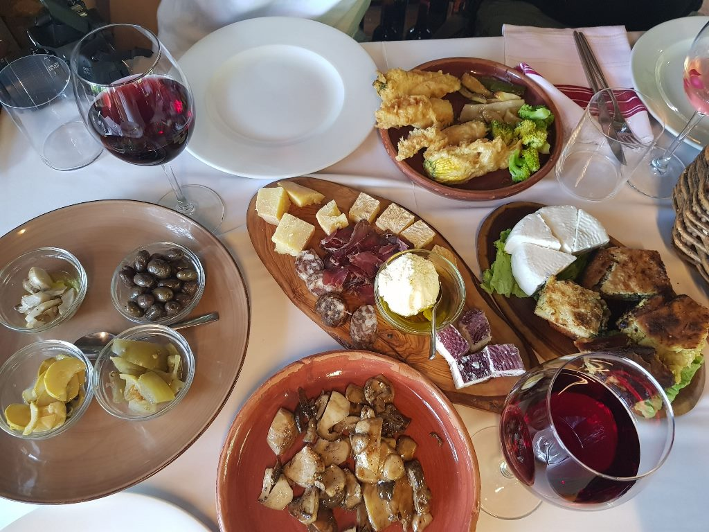 ресторан в Албании - Mrizi i Zanave