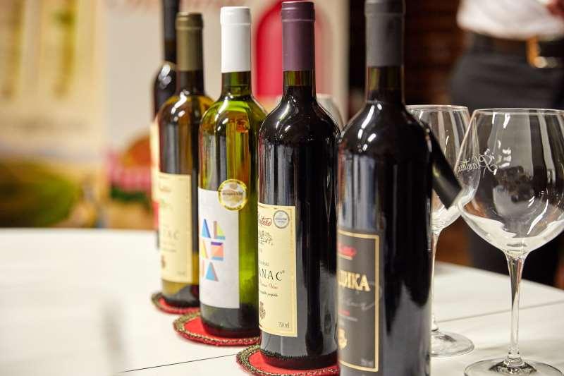 черногорское вино