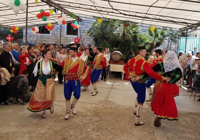 черногорцы обычаи