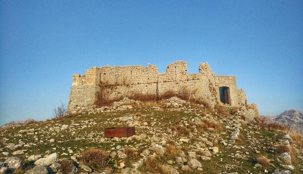 Крепость над Перастом